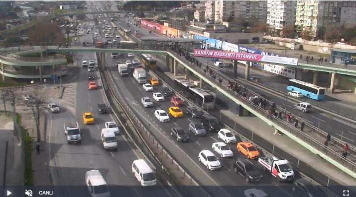 İstanbul D100 Merter Kavşağı